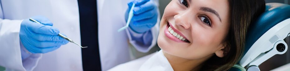 Top 5 Signs You Need Dental Implants